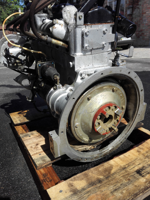 Двигатель Москвич 408 первой комплектности