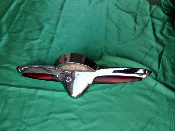 Задняя птица с подсветкой Волга Газ 21 2 серия - AUTOKARMAN